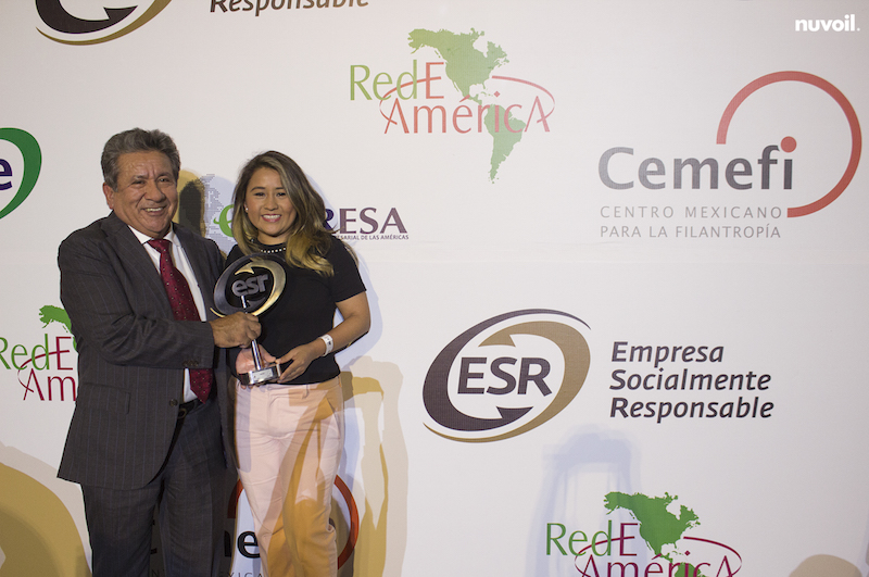 Petrolera mexicana Nuvoil recibe galardón de Empresa Socialmente Responsable
