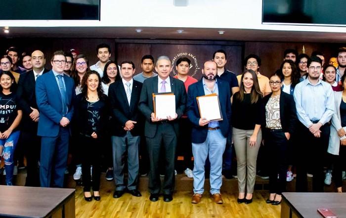 Nuvoil firma convenio de colaboración con Universidad Anáhuac de Xalapa